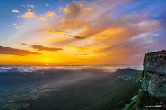 Despertar en Beriain (Jabi Artaraz) Tags: jabiartaraz jartaraz zb euskoflickr beriain arakil sandonato navarra montaña amanecer despertar sol sunshine sunrise sun