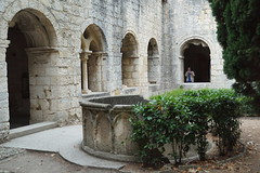 Abbaye de Silvacane ( Bouches-du-Rhone, Provence )... (Irma-48) Tags: francefranciaprovenceprovenzapacabouches du rhonela roque dantéronsénanqueabbaye de sénanqueabbazia di sénanqueabbayeabbaziaabbeyechiostrocloitrearchiarchesarcslavabopuitpozzoromanart romaneromanicoarte romanica