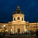 Institut de France (valfoto91) Tags: institutdefrance paris pontdesarts heurebleue nuit poselongue silhouettes