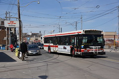 2014-04-17, Toronto, Dundas West (Fototak) Tags: autobus ttc bus toronto ontario canada ligne168 7306