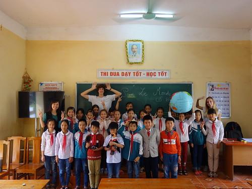 Une dernière photo de groupe avec toute la classe et Yen, notre traductrice  !