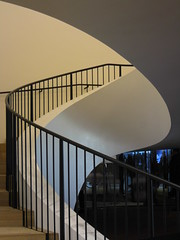 Turn (Ed Sax) Tags: treppe treppenhaus elbphi elbphilharmonie elbphilharmony edsax hamburg hanse interieur design art stufe aufwärts plaza swing schwung