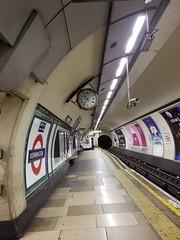 20170803_103643 (bsd-louisiana) Tags: london london2017 unitedkingdom londonunderground tubestation subway undergroundstation