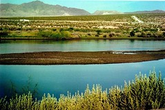 Good Morning Not (Shot by Newman) Tags: road shallowriver coloradoriver nature unnatural southwestus mountains mojavedesert shotbynewman fujifilm fuji400 35mm daylight veryoldminolta35mmcamera