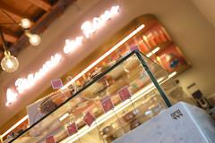 DSC_2548 (fdpdesign) Tags: pasticceria parigi marmo legno vetro serafini lampade pasticcini milano milan italy design shopdesign lapâtisseriedesrêves italia arredamento arredamenti contract progettazione renderings acciaio bar