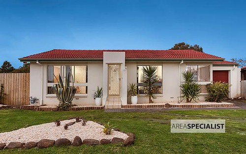 12 Muirkirk Cl, Endeavour Hills VIC 3802
