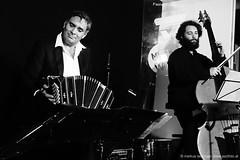 Victor Villena Tango Trio (jazzfoto.at) Tags: concierto musikbeimwirt fornach fornachoberösterreich upperaustria gasthauslohninger httpwwwghlohningerat walterstruger sw bw schwarzweiss blackandwhite blackwhite noirblanc bianconero biancoenero blancoynegro sony sonyrx100m3 rx100m3 rx100miii sonyrx100iii sonydscrx100iii dscrx100iii wwwjazzfotoat jazzfoto jazzfotos jazzphoto jazzphotos markuslackinger konzertfoto konzertfotoss concertphoto concertphotos liveinconcert stagephoto blitzlos ohneblitz noflash withoutflash concert noiretblanc