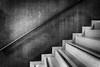 o.T. (Siegfried Platzer) Tags: handlauf stufen treppe geländer