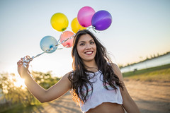 Good day (Lisi Baruffato) Tags: roja canon 6d sigmaart sigma 35 35mm globos 15 exteriores session portrait