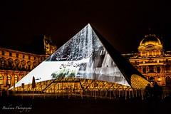 L'habillage du Louvre - Paris (Bouhsina Photography) Tags: louvre paris france lumière nuit longue exposition bouhsina bouhsinaphotography 2017 canon 5diii