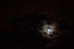 Perla (pcoradini) Tags: rosario cielo sky moon luna cloudy nublado city province santa fe night noche lunar argentina república ciudad
