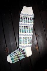 2017.12.12. kirjavat polvisukat 3354m (villanne123) Tags: 2017 socks sukat knitting kneesocks kirjoneule polvisukat stranded neulottu neulotut naistensukat villanne villasukat woolsocks forsale myyntiin myydään