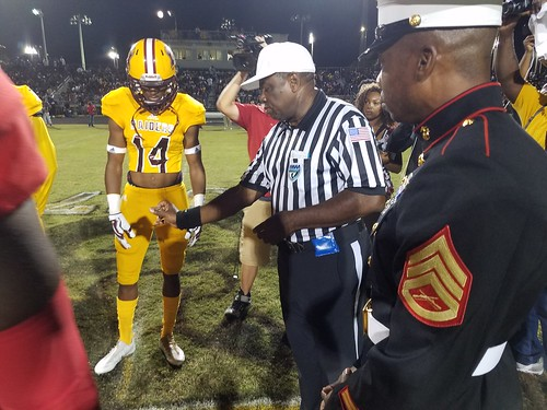 """Glades Central vs Pahokee 11/3/17 • <a style=""""font-size:0.8em;"""" href=""""http://www.flickr.com/photos/134567481@N04/24310481258/"""" target=""""_blank"""">View on Flickr</a>"""