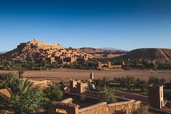 Aït-Ben-Haddou sunrise (holzer_r) Tags: aïtbenhaddou morocco sunrise unesco worldheritagesite africa panorama sky ruins caravanroute sahara kasbah filmset