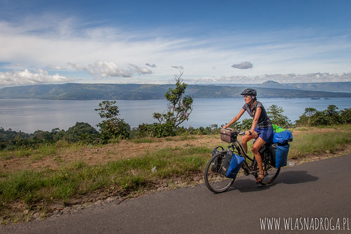 Z widokiem na Jezioro Toba