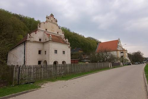 Spichlerze Przybyłów (Puławska 60 (Krzysztofa), 54 (Mikołaja)) od północnego zachodu