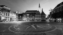 Haarlem All Stars (McQuaide Photography) Tags: haarlem noordholland northholland netherlands nederland holland dutch europe sony a7rii ilce7rm2 alpha mirrorless 1635mm sonyzeiss zeiss variotessar fullframe mcquaidephotography lightroom adobe photoshop tripod manfrotto night nacht nightphotography stad city urban lowlight architecture outdoor outside illuminated street straat wideangle wideanglelens groothoek building longexposure oldsquare marketsquare square grotemarkt old oud character traditional authentic streetlight deserted empty nopeople blackandwhite mono monochrome bw blackwhite cityhall stadhuishaarlem rijksmonument