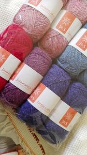 Jamieson & Smith Jumperweight for colourwork knitting. #yarn #Ravelry