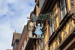 Vacances_0258 (Joanbrebo) Tags: riquewihr grandest francia fr alsace hautrhin cityscape canoneos80d eosd efs1855mmf3556isstm autofocus signs letrero
