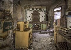 _DSC3252 (Foto-Runner) Tags: urbex lost decay abandonné boulangerie bakery