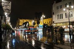 XE3F6223 (Enrique Romero G) Tags: avenida av avda constitución bus microbus lluvia rain sevilla spain noche night nocturna fujixe3 fujinon18f2