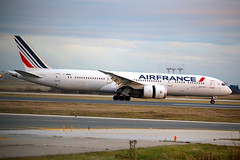 Air France F-HRBA (shumi2008) Tags: airfrance airfrance787 boeing787 boeing787900 skyteam skyteamalliance toronto pearsonairport torontopearsonairport yyz cyyz