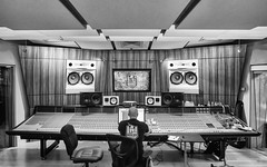 Shock City (Ben at St. Louis Energized) Tags: stl stlouis bentonpark shockcitystudios musicstudio soundboard music city urban blackandwhite monochrome