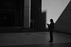 (Claudio Blanc) Tags: street streetphotography silhouette silueta silhoutte fotografiacallejera shadow buenosaires argentina bw bn blackandwhite blancoynegro