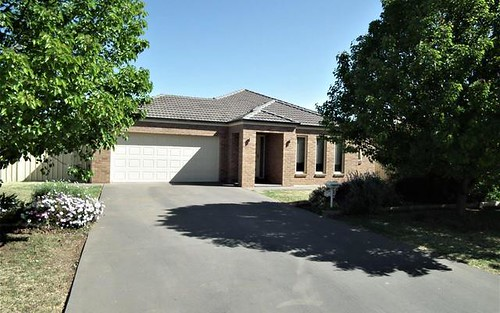 6 Erskine Rd, Griffith NSW 2680