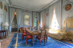IMG_8072_3_4_tonemapped (Městský průzkum) Tags: urbex chateau france abandoned decay lost luxury zamek opusteny hdr canon