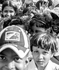 Children wave (G.Grisel) Tags: bw blackandwhite polonnaruwa srilanka monochrome school northcentralprovince lk children