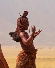 IMGP1671 Profile (Claudio e Lucia Images around the world) Tags: kunene namibia marienfluss marienflussvalley himba himbatribe remotetravel sigma sigma150500 pentax pentaxk5 pentaxart remotearea himbalady himbawoman nakedwoman naked portrait womanportrait