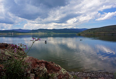 Reflect (Francoise100) Tags: landschaft landscape paysage paisagem serene wideopenspaces fishing peaceful quiet bloom flower panguitchlake spiegelungen reflections usa dixienationalforest utah ut lake lac clouds nuages