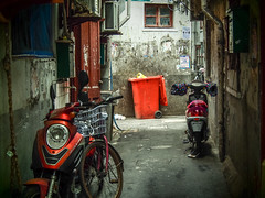 LR Shanghai 2016-886 (hunbille) Tags: birgitteshanghai3lr china shanghai oldcity old city nanshi lilong shikumen longtang housing alley