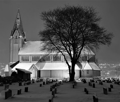 A Better View (13HICKMAN77) Tags: church blackandwhite sogndal norway norge westcoast snow night light inexplore europe steeple winter dark lutheran grave explored explore lit