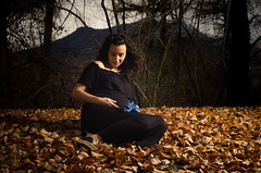 Maternity Photo Shoot - Tania e Bruno (FrederiCosta) Tags: bump mum motherhood pregnant gravidez bebe mother pregnancy baby boy maternity photoshoot couple wind switzerland cold photosession fall autumn