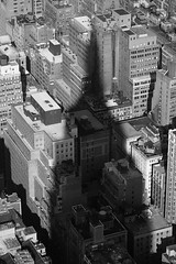 New York City -  Overwhelming (Michael.Kemper) Tags: voyage travel travelling reise canon 30d usm canoneos30d usa us united states america vereinigte staaten von amerika new york city ny nyc big apple bigapple empire state building esb black white schwarz weis noir blanc shadow schatten downtown lower manhattan skyscraper wolkenkratzer ef 70200 f4 l canonef70200f4lusm f4l