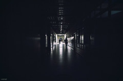 of the light (Berly Fuster [Theretsuf]) Tags: hospital pasillo gente siluetas oscuro aisle people silhouettes dark hôpital couloir personnes sombre kevinncajaleon kevin berly fuster