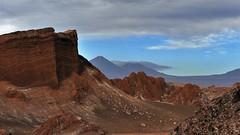 Valle de la Luna (marionkaminski) Tags: chile atacamawüste desiertodeatacama wüste desert desierto atacama landscape paisaje paysage sky wolken clouds nubes nuages panasonic lumixfz1000 lateinamerika südamerika southamerica