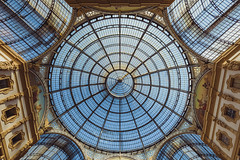 Eye of heaven (blondmao) Tags: milan glass window galleriavittorioemanueleii italy dome milano noperson shoppingmall ceiling symmetry roof sky lombardy architecture