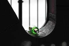 Freiheit auf Probe (michael_hamburg69) Tags: hamburg germany deutschland bridge brücke oberhafenbrücke metal metall bottle beer green grün bier flasche