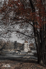 BucksCountyFonthill_Nov162017_0144 (Roni Chastain Photography) Tags: fonthill mercer museum doylestown pa castle sky clouds landscape fall