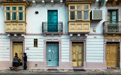 Doors and balconies (Siuloon) Tags: malta malte valletta door balconies balkone architektura architecture architettura city hdr canoneos5dmarkii