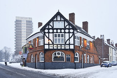 The Romping Cat, Bloxwich 10/12/2017 (Gary S. Crutchley) Tags: snow winter blizzard bloxwich blakenall uk great britain england united kingdom urban town townscape walsall walsallflickr walsallweb black country blackcountry staffordshire staffs west midlands westmidlands nikon d800 raw