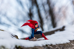 Superman (www.sophiethibault.ca) Tags: 2017 novembre québec canada nature superman personnage supershéros neige arbres superhero toys