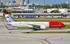 "Norwegian Boeing 787-9 ""Greta Garbo"" (Infinity & Beyond Photography) Tags: norwegian air shuttle nax boeing 787 7879 b787 gretagarbo tail art aircraft airliner airplane ft fort lauderdale airport fll planes"