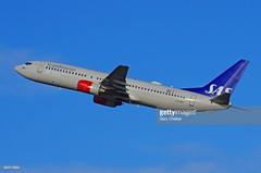 Scandinavian Airlines System Boeing 737-883 (Gary Chalker, Thanks for over 3,000,000. views) Tags: scandinavianairlinessystem scandinavianairlines 737 boeing boeing737 airliner aeroplane pentax pentaxk3ii k3ii sigma sigma300mmf28exdg 300mm f28 ex dg