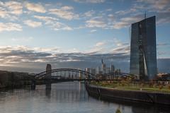 2017 Spätherbst am Main (mercatormovens) Tags: frankfurt ostend ezb main fluss wasser brücke skyline hochhaus ecb