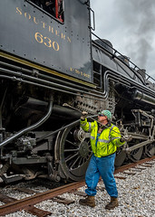Cleaning the fire in Summerville (kdmadore) Tags: tvrm tennesseevalleyrailroadmuseum chattoogachickamaugarailway southernrailway sou630 sou4501 railroad steamlocomotive train summerville doubleheader