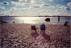 Elbstrand (Ulla M.) Tags: rangefinder xa kleinbild reflectaproscan10t tetenalcolortec ohnestativ analogue analog film umphotoart elbe strand blankenese hamburg selfdeveloped selbstentwickelt 35mm